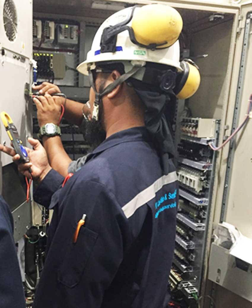ซ่อมแอร์ตู้คอนโทรล ซ่อมแอร์ติดเครื่องจักร  ชลบุรี